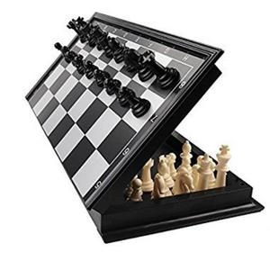 Ratnas MAGNETIC BLACK AND WHITE CHESS SET Board Game