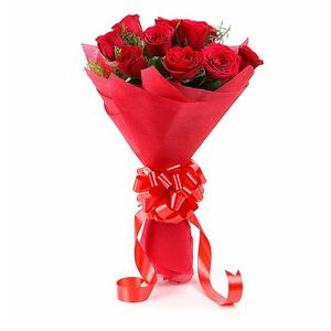 Floralbay Red Roses Bouquet Fresh Flowers in Paper Wrapping (Bunch of 8)