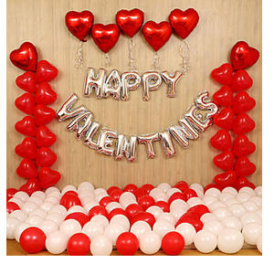 Grand V-Day Celebration Balloon Decor