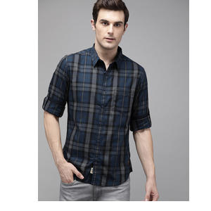 Roadster Men Black & Blue Checked Regular Fit Casual Shirt
