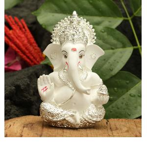 Collectible India Silver Plated Lord Ganesha for Car Dashboard Statue Ganpati Figurine God of Luck & Success Diwali Gifts Home Decor (Size: 3.5 x 2 inches)