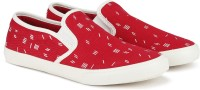 United Colors of Benetton. Boys & Girls Slip on Sneakers(Red)